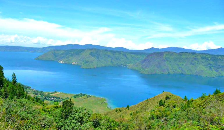 Backpacking Indonesia: Danau Toba